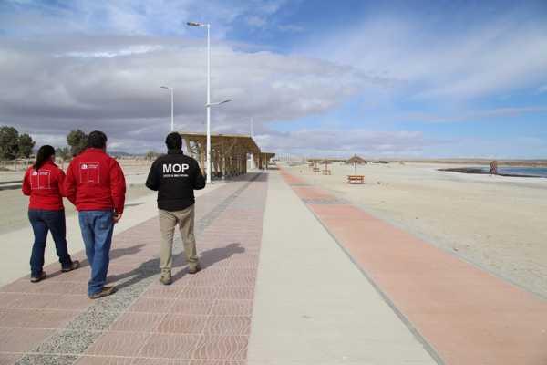 MOP Atacama inicia los trabajos de la 3era Etapa del Mejoramiento del Borde Costero de Playa las Machas en Bahía Inglesa