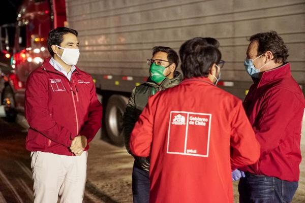 Gobierno verifica desempeño de la barrera sanitaria de Chañaral