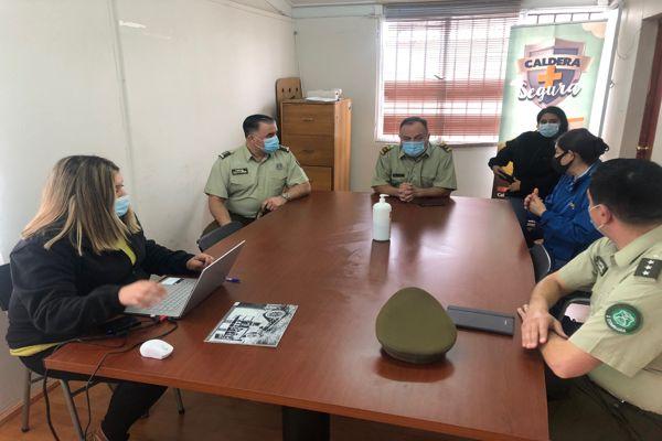 General y alcaldesa abordan problemática delictual en Caldera.