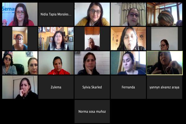 """Primera mesa de """"Mujeres de Pueblos Originarios"""" en Atacama."""