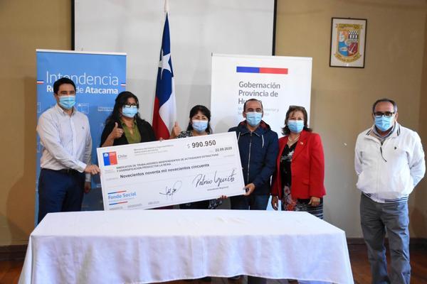 Intendente Urquieta entrega fondo Presidente de la República a organizaciones sociales de la provincia de Huasco