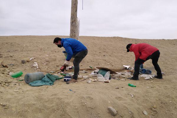 Seis toneladas de basura retiran de playa brava