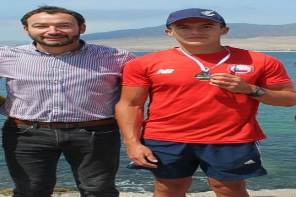 Deportista Huasquino Mario Valencia gana selectivo de canotaje e ira e entrenar a Colombia.